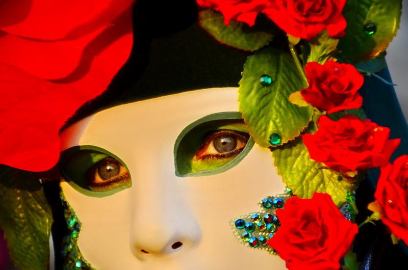 געגועים: מסע אישי לקרנבל המסכות בונציה