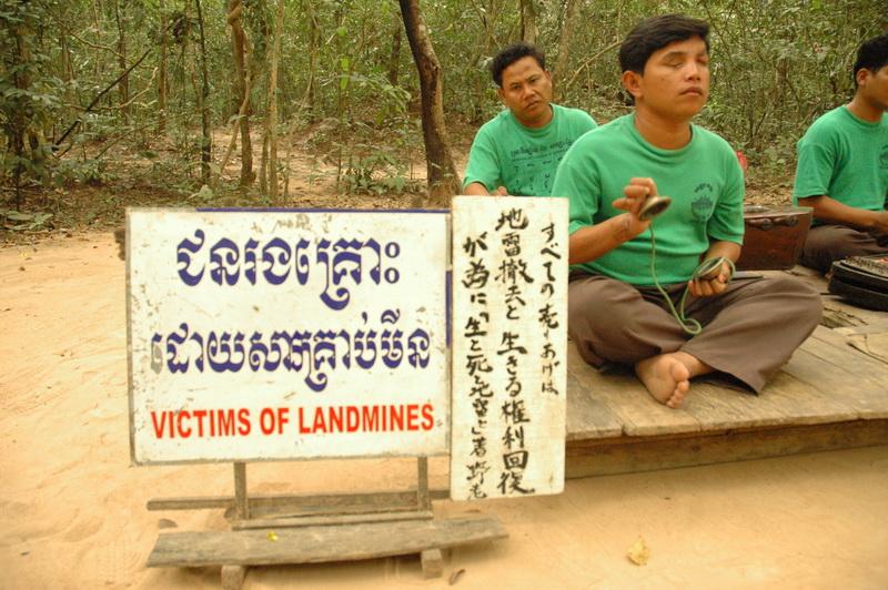 cambodia_mines_victims_4