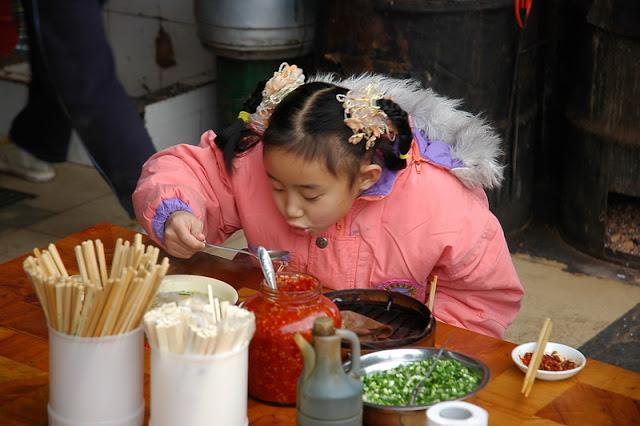 סין – אני אוכלת עם הסינים