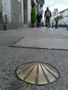 הקונכיה - סמל העליה לרגל לסנטיאגו