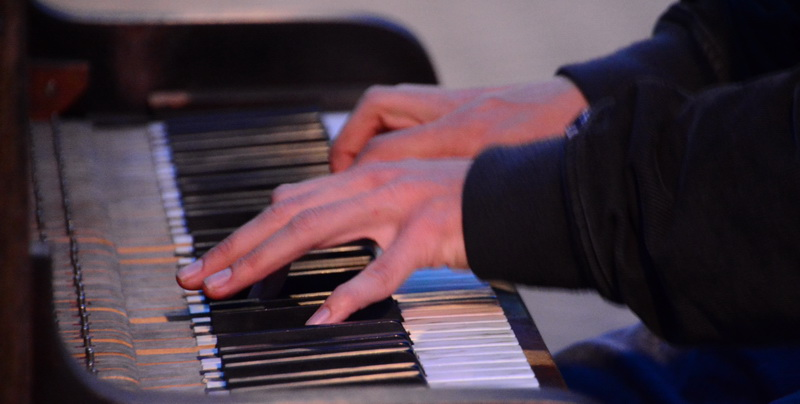 PianoMan_qweenstown_05_resize