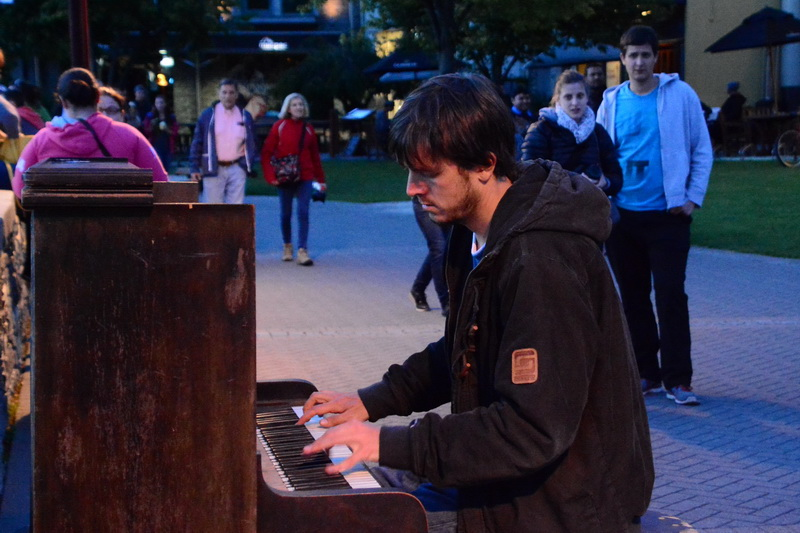 PianoMan_qweenstown_06_resize