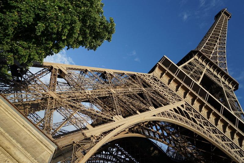 פריס היא עיר החלומות. והם גם מתגשמים….