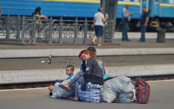 פליטים היום. אני דור שני לפליטות. האם אכפת לנו באמת??