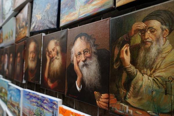 ציורים בעיר העתיקה בקרקוב