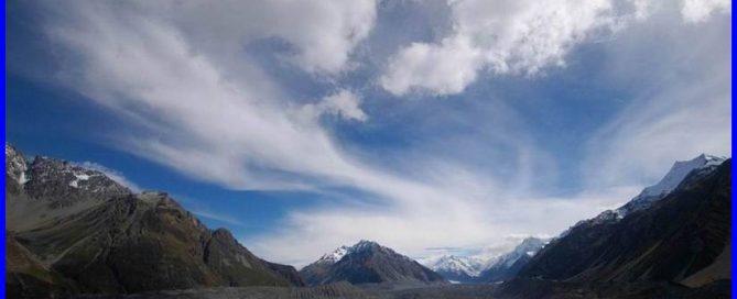 ניו זילנד – הר קוק על שפת אגם תכול