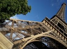 צרפת, פריס, החברים, וג'יברני וכל היופי
